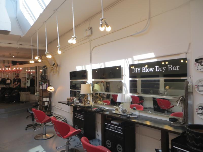 Jax & King Salon - Photo 3
