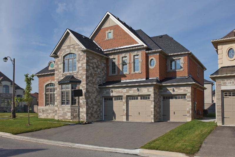 Brampton Brick and Oaks Concrete Products - Photo 15