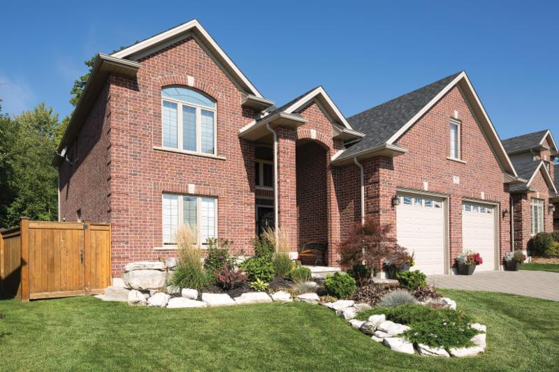 Brampton Brick and Oaks Concrete Products - Photo 6