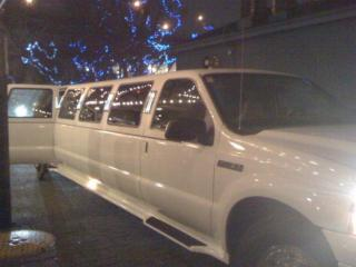 B & B Limousine Service - Photo 3