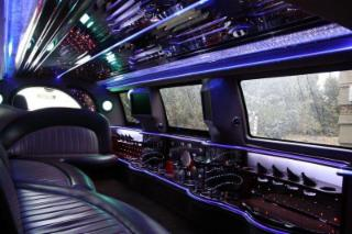 B & B Limousine Service - Photo 1