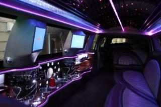 B & B Limousine Service - Photo 4