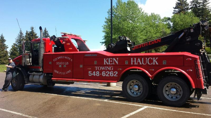 Ken Hauck Towing - Photo 5