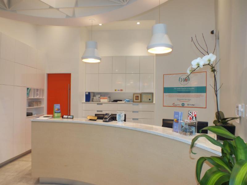 BIEN-ÊTRE : Un environnement apaisant où tous les éléments ont été pensés pour assurer le confort de nos patients et de leur famille. - Dr André Tam Ho et Associés Clinique Dentaire