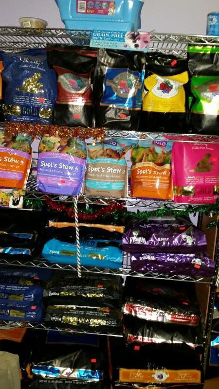 Nourriture pour chiens et chats     Fromm     Halo - Compagnons Quatre Pattes