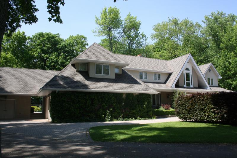 Byrnes Roofing - Photo 8