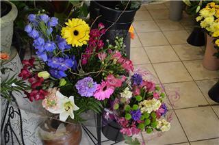 Vernon Flower Shop - Photo 6