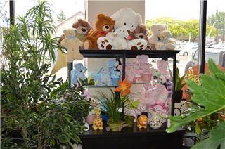 Vernon Flower Shop - Photo 5