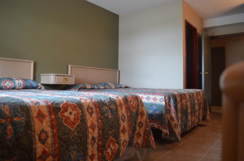 Horseman Motel & Dining Lounge - Photo 3