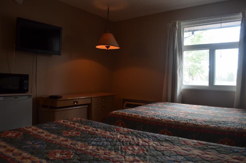 Horseman Motel & Dining Lounge - Photo 4