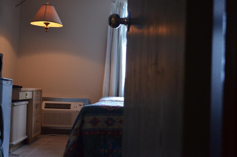 Horseman Motel & Dining Lounge - Photo 2