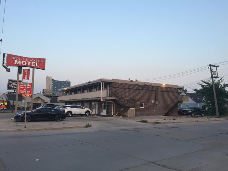 Boulevard Motel - Photo 6