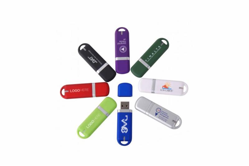 Nous proposons à nos clients une gamme complète de clés, cartes et bracelets USB dans une grande variété de couleurs et capacité de storage variant entre 256mb et 64Gb. - Média Vision Inc