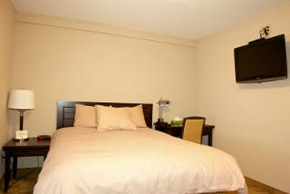 Shoreside Inn & Suites - Photo 5