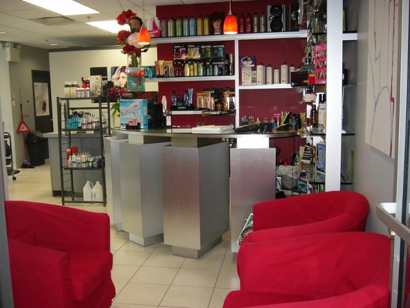 Salon coiffure quebec for Salon de bronzage