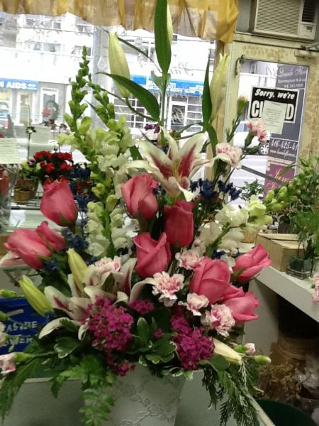 Leaside Flowers & Gifts - Photo 2