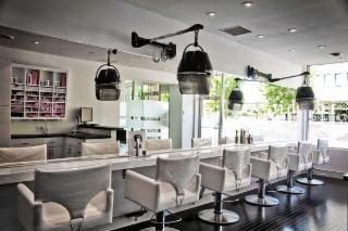 id Hair Salon - Photo 3