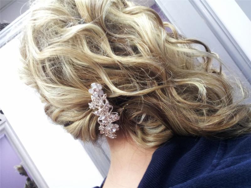 Dazzle Hair Boutique - Photo 1