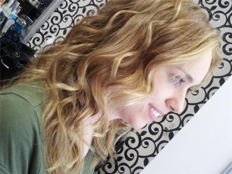 Dazzle Hair Boutique - Photo 9