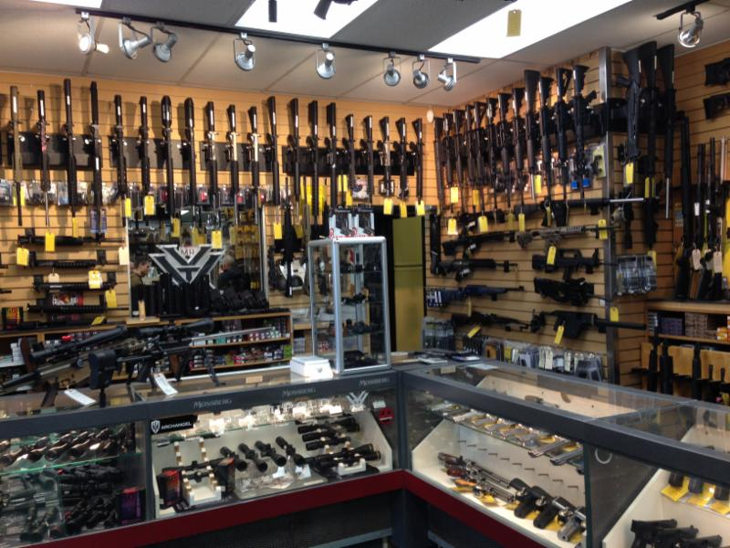Phoenix Indoor Range Amp Gun Shop Edmonton Ab 4706 76th