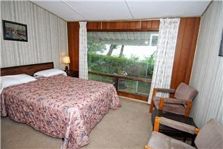 Ascot Motel - Photo 2