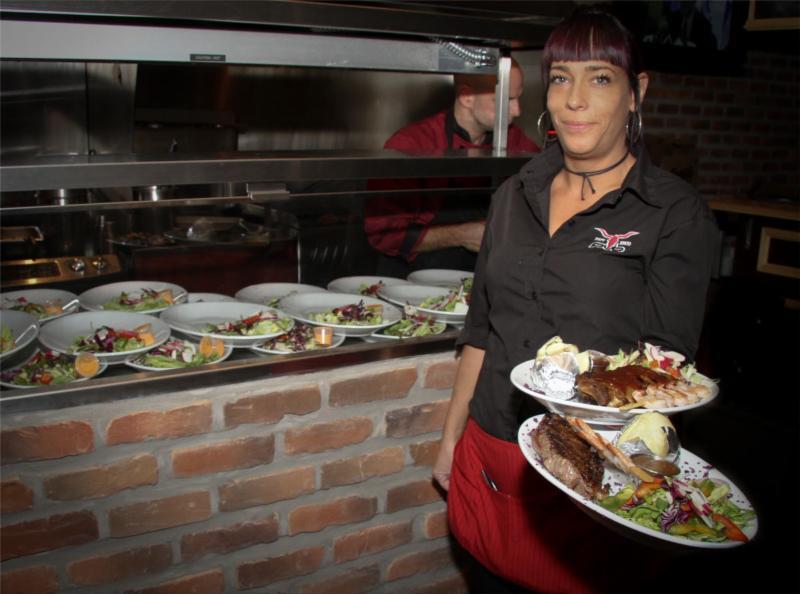 Le Grill Resto Pub - Photo 1