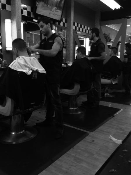 Razor's Edge Barber Shoppe - Calgary - phone number, website, address & opening hours - AB - Eyebrow Threading, Barbers, Waxing. At Razors Edge Barber Shoppe, we are dedicated to providing high quality salon services for men, boys and women, in a warm, friendly atmosphere/5(4).