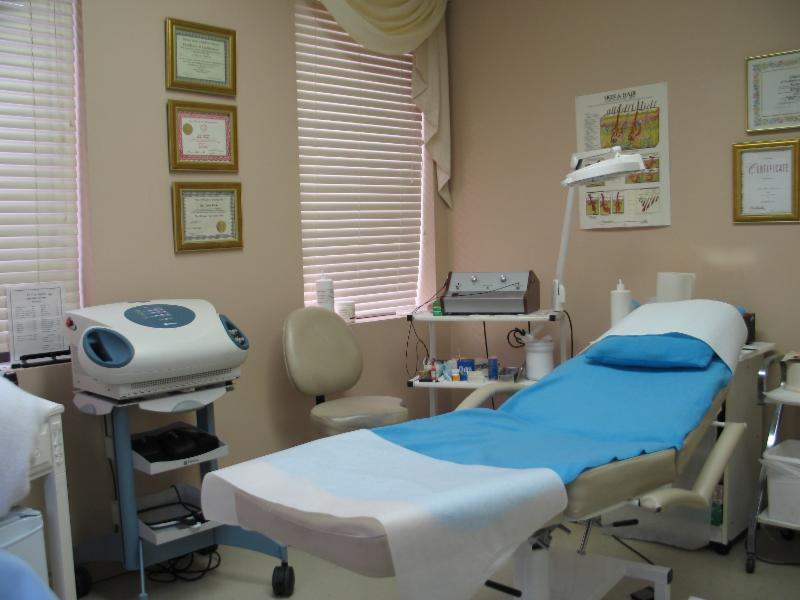 Linda Marie's Beauty Clinic - Photo 1