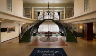 Travelodge Hotel Montreal Airport - Photo 1