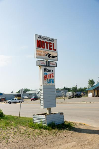 Thunderhill Motel - Photo 1