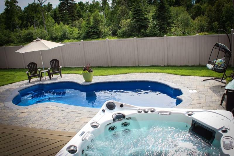 Wet N Wild Pools and Hot Tubs - Photo 5