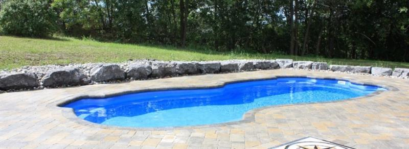 Dolphin Fiberglass Pools - Wet N Wild Pools and Hot Tubs