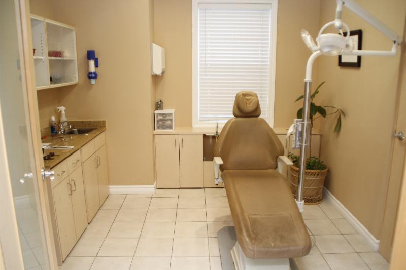 Lima Denture Clinic - Photo 3