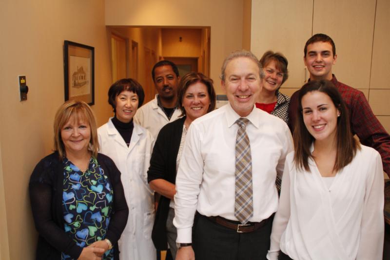 Lima Denture Clinic - Photo 10