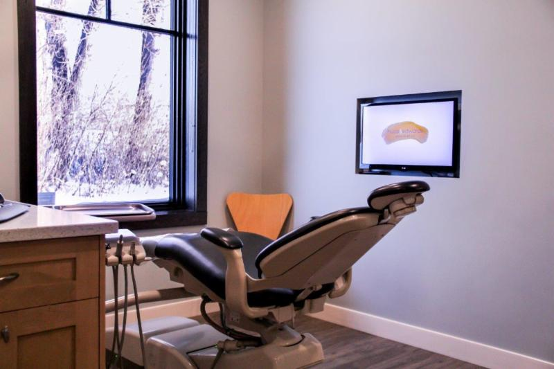 Hucal & Edwards Orthodontics - Photo 2