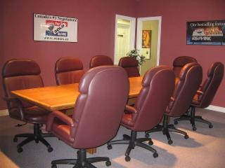 RE/MAX Tri-County Realty Inc Brokerage - Photo 6