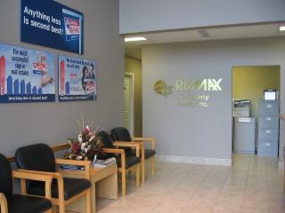 RE/MAX Tri-County Realty Inc Brokerage - Photo 5
