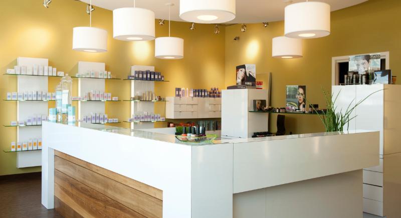 Centre D'Esthétique Monasteph Inc - Photo 2