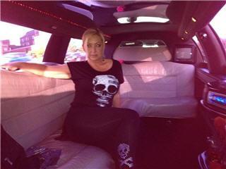 VIP Style Limousine - Photo 5