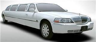 VIP Style Limousine - Photo 8