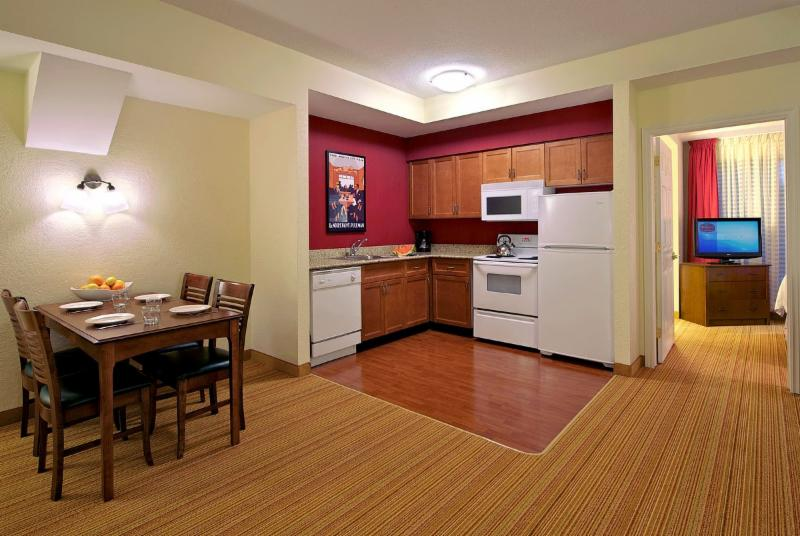Residence Inn by Marriott - Photo 3
