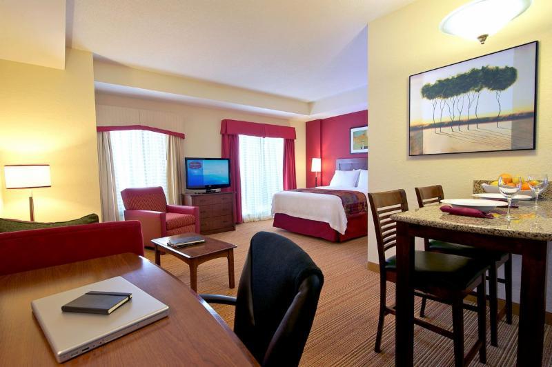 Residence Inn by Marriott - Photo 4