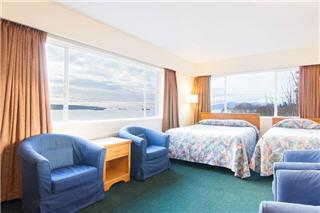 The English Bay Apt Hotel - Photo 8