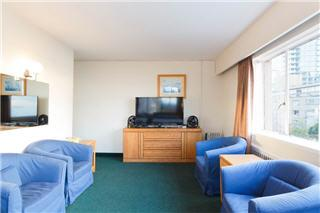 The English Bay Apt Hotel - Photo 9