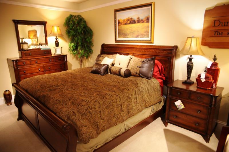 Jordan's Home Furnishings Ltd - Photo 9
