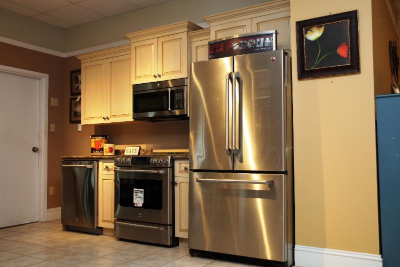 Jordan's Home Furnishings Ltd - Photo 3