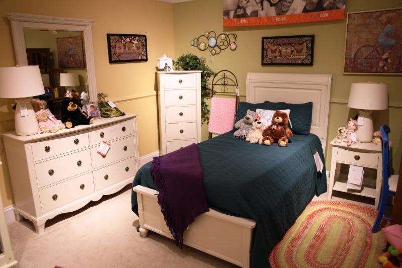 Jordan's Home Furnishings Ltd - Photo 10