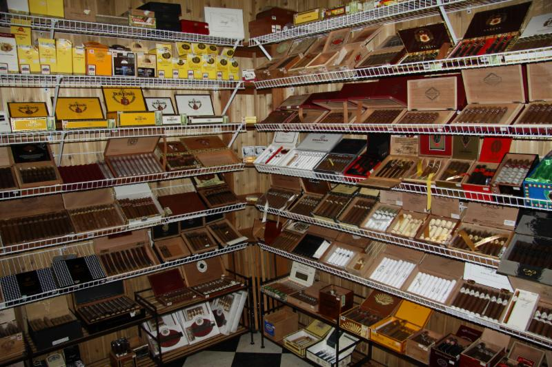 Where to buy an cigarettes Gauloises in London