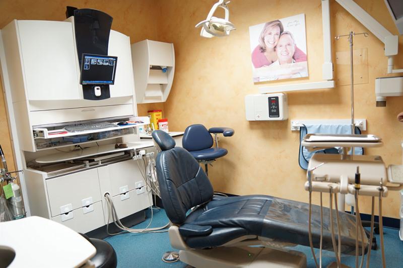 Glen Abbey Dental Office - Photo 8