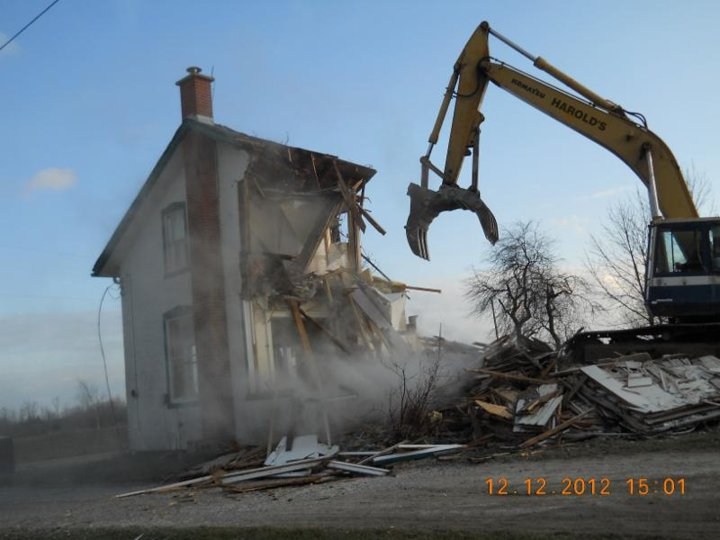Harold's Demolition & Recycling - Photo 3